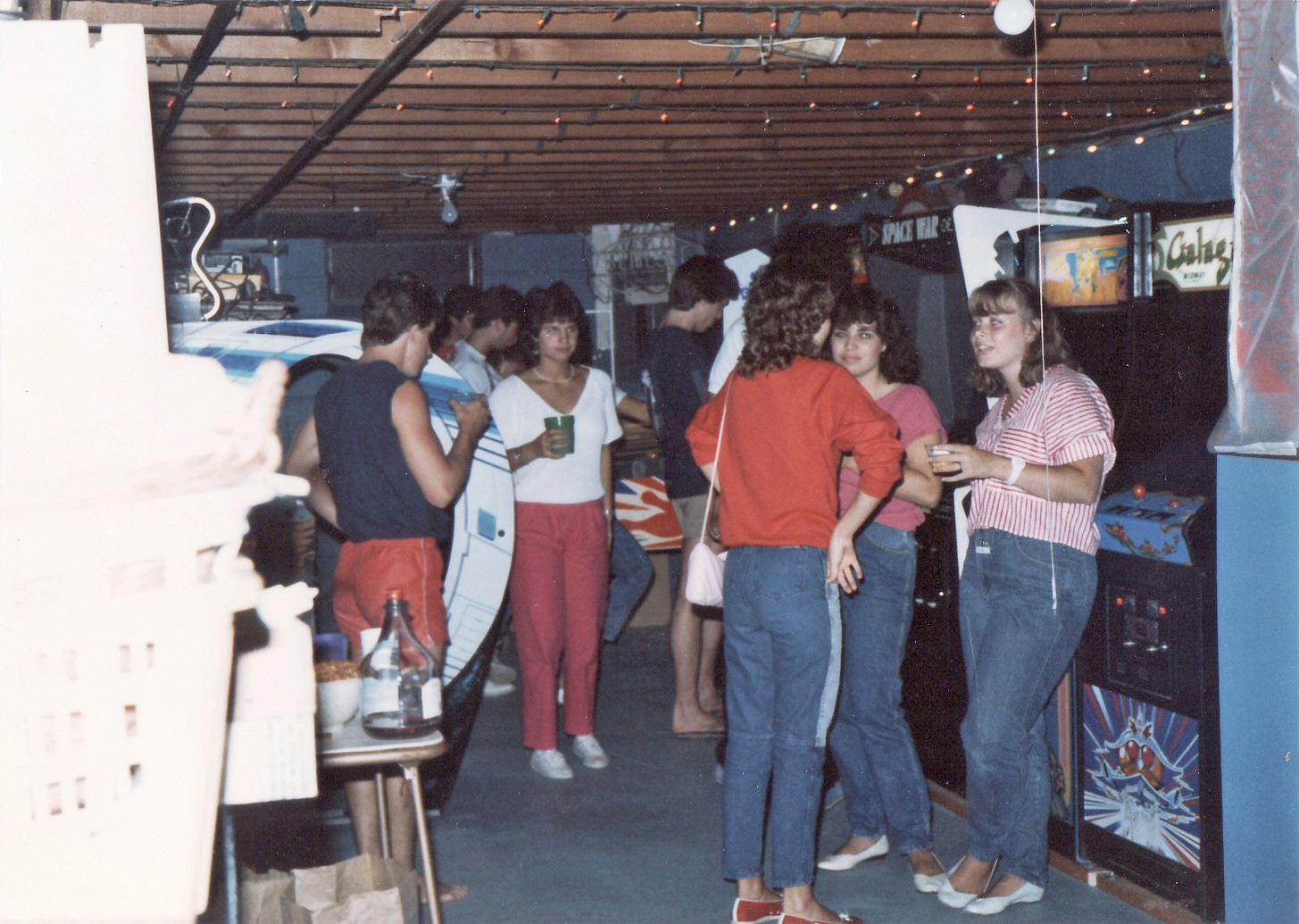 A Home Basement Arcade In Upstate New York 1985 Flickr