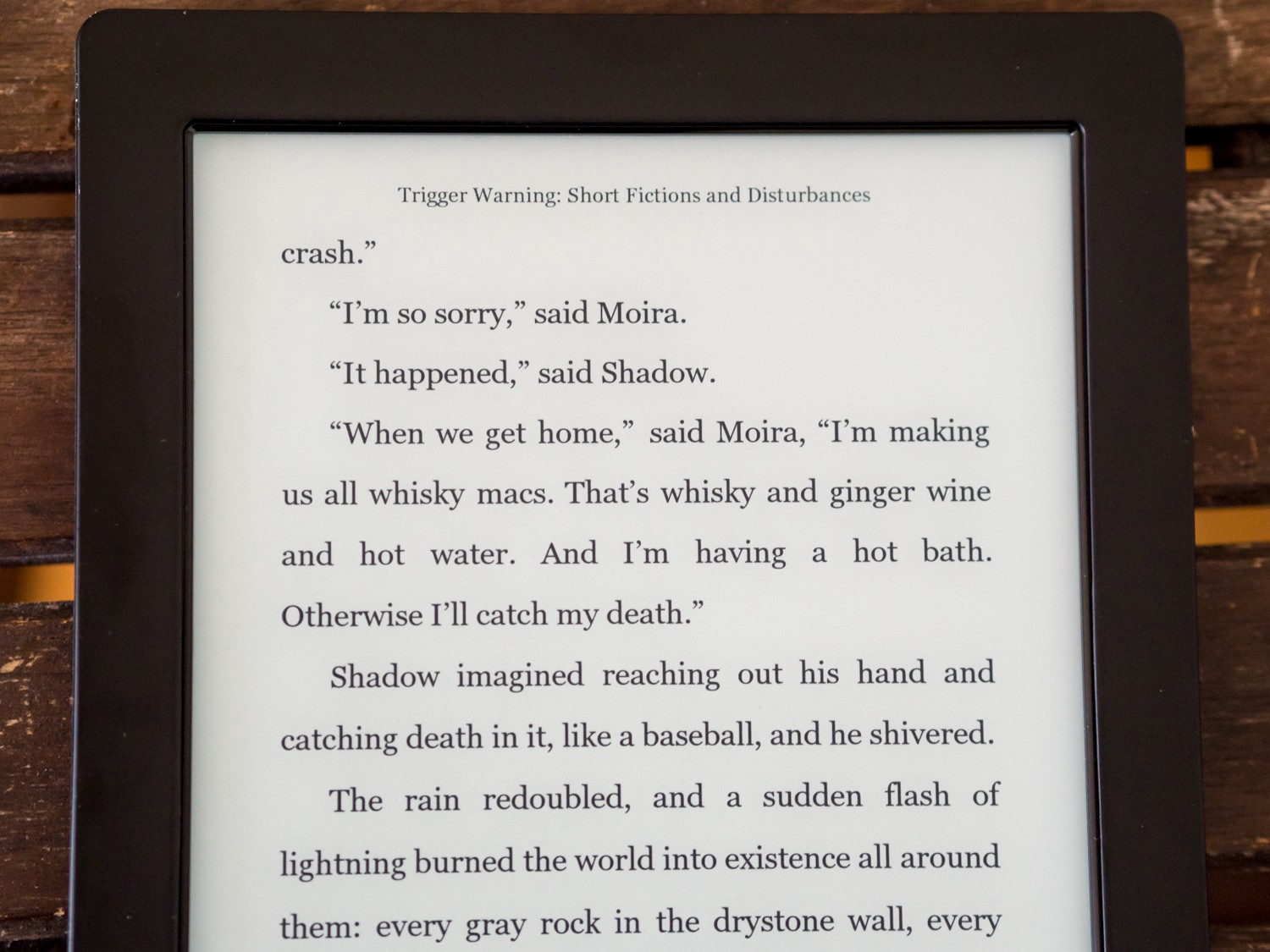 While The Kobo's Screen Offers It A Modest Advantage In Terms Of Pixel  Density Over The Paperwhite 2 (265ppi Vs 212ppi, But The Paperwhite 3,  Voyage,