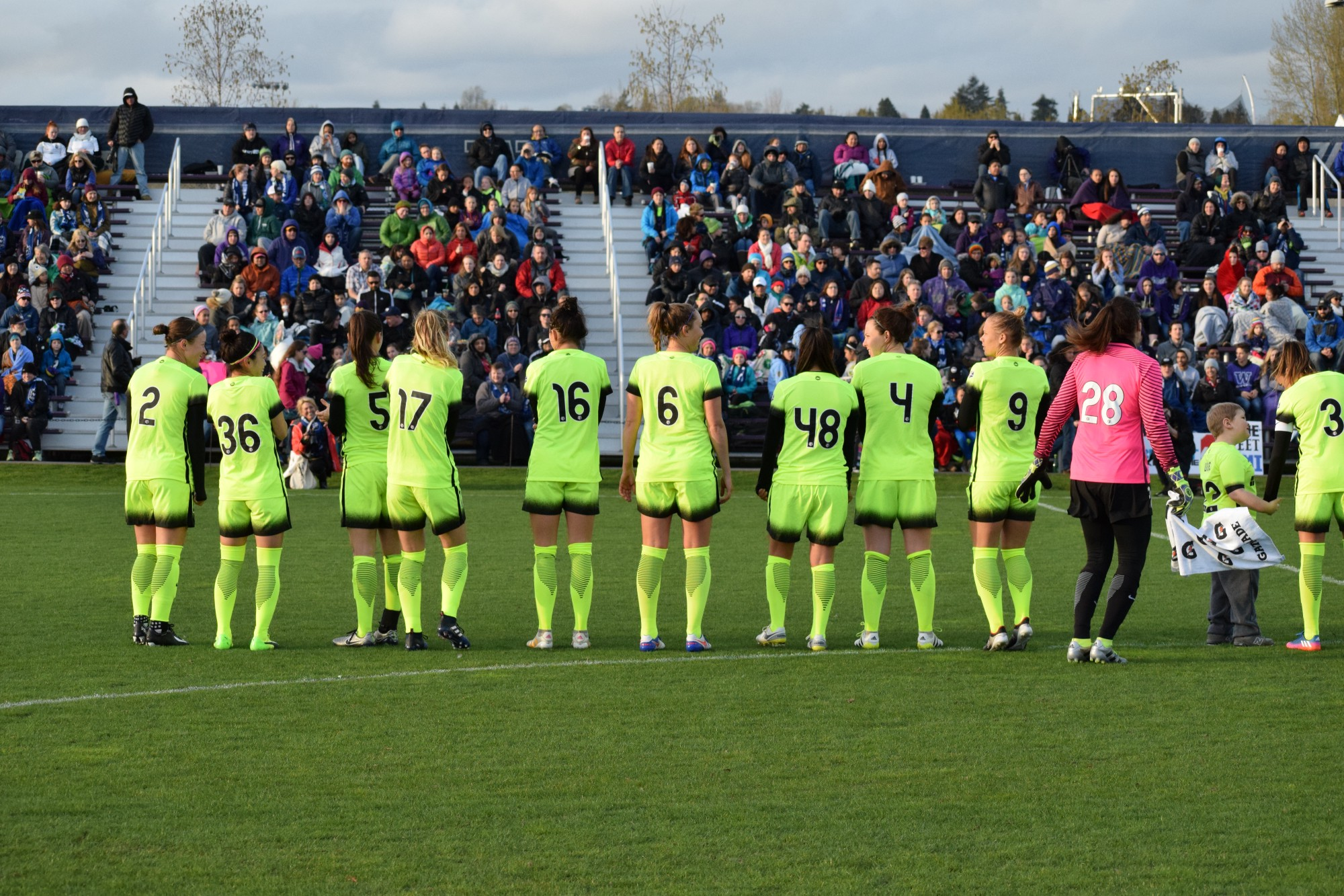 photo essay seattle reign fc 3 university of washington 0 check out some of the best photos from the match below