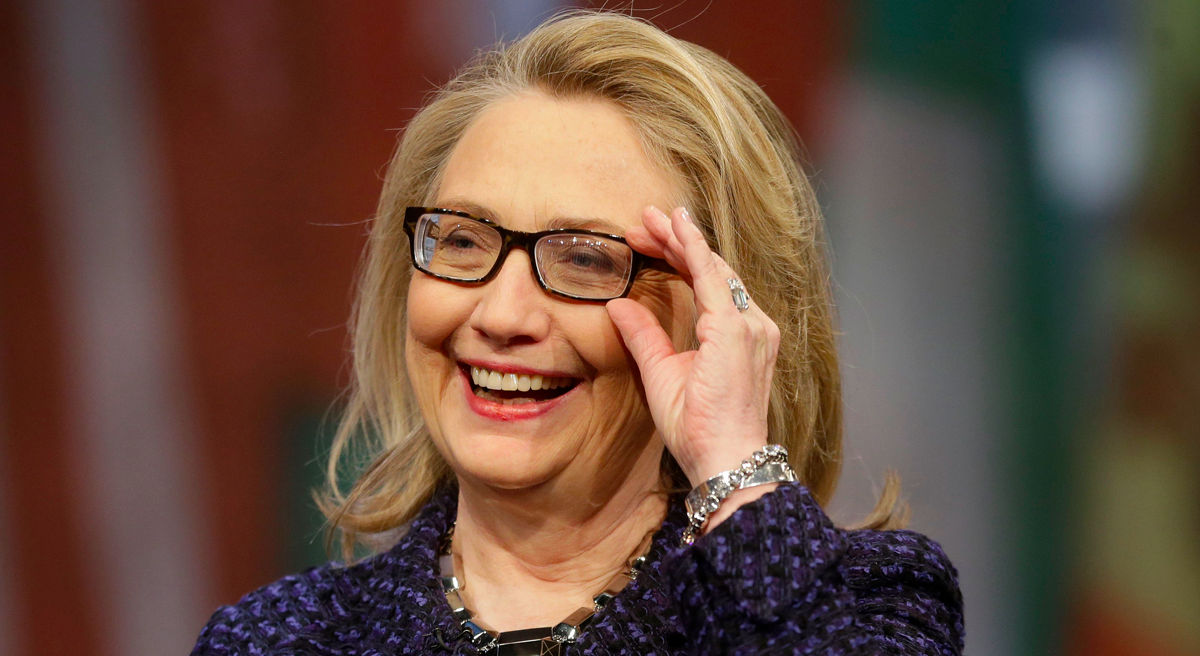 hillary clinton is reading a lot of mystery novels and you should