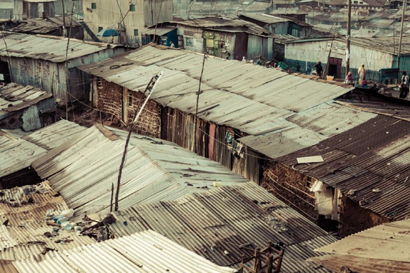 Welcome to Mathare: bird-eye view of the slum's rooftops