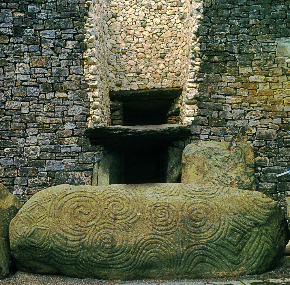 Newgrange: An 5,000-year-old Cosmic Monument That Predates the Pyramids by 500 years