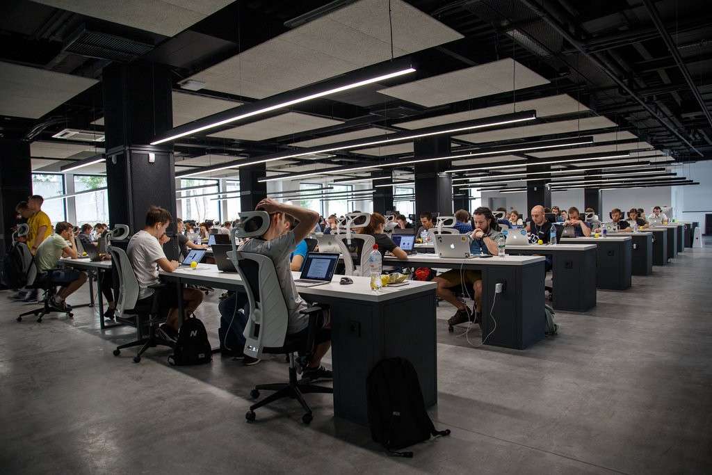 Is a full coworking space a profitable coworking space?