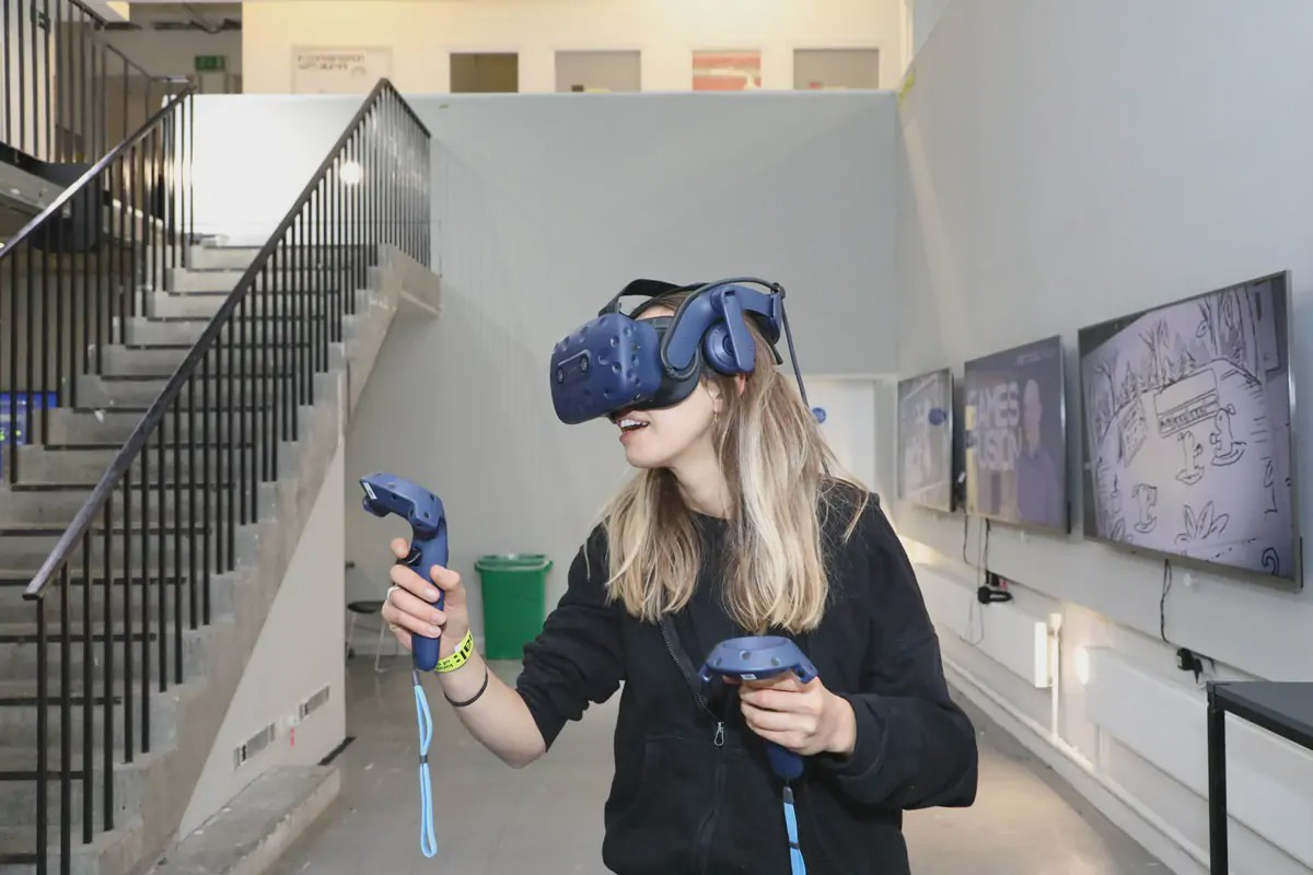 Teaching for the Future of VR