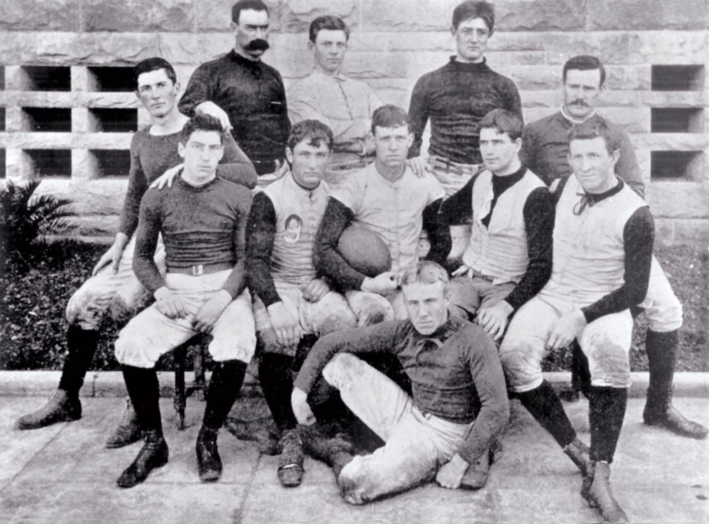 2adc488e7 FRESH RECRUITS: Stanford's first Big Game squad faced Cal in San Francisco  in 1892. John Whittemore (holding ball), who was the student body  president, ...