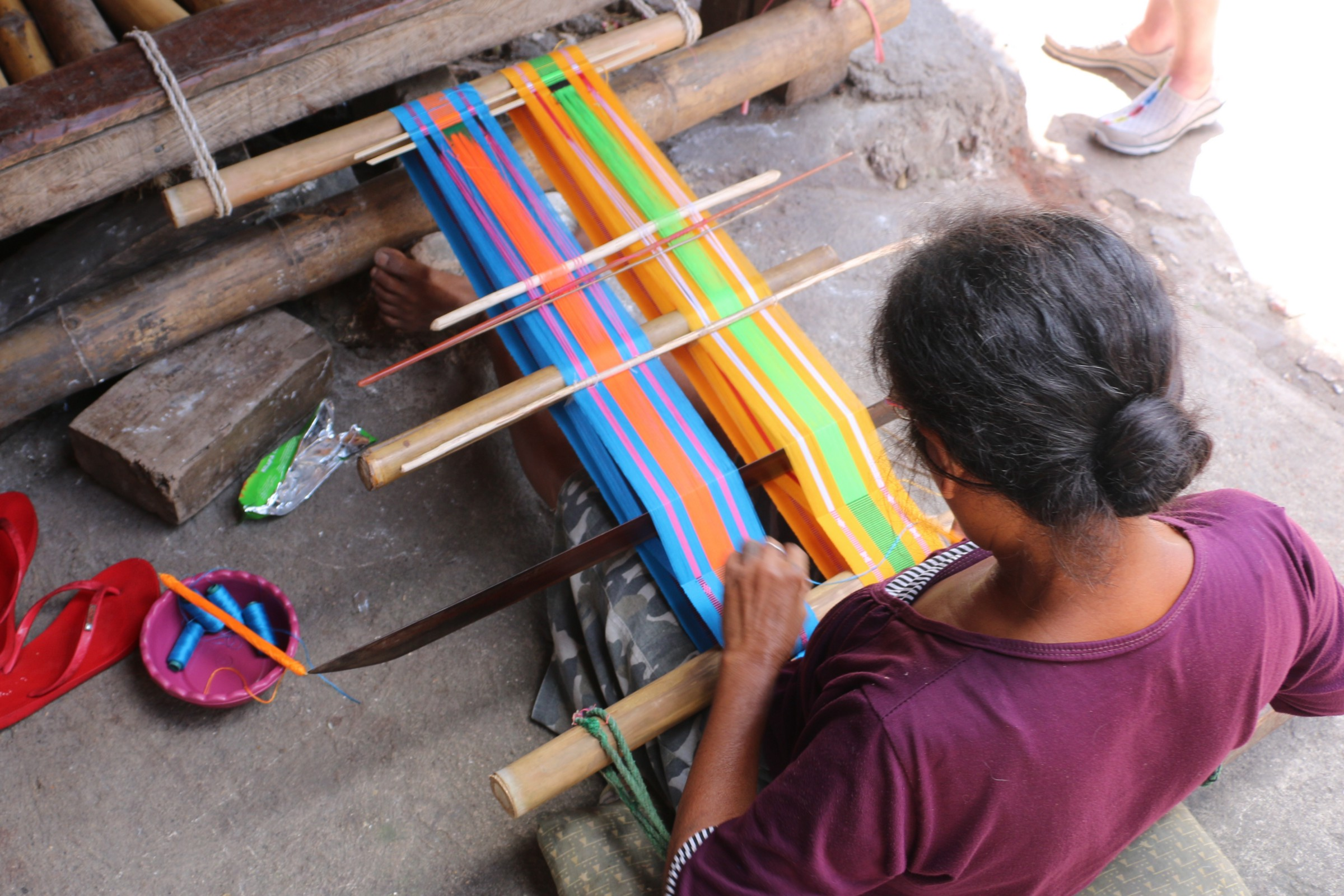 Weaver From West Sumba Photo By Thomas Brown