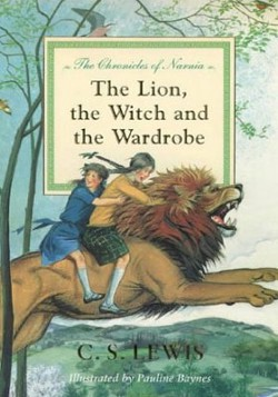 Keepy Blog: What books are the best books to read with your kids? Corduroy, The Chronicles of Narnia, Matilda, Wonder and other great books.
