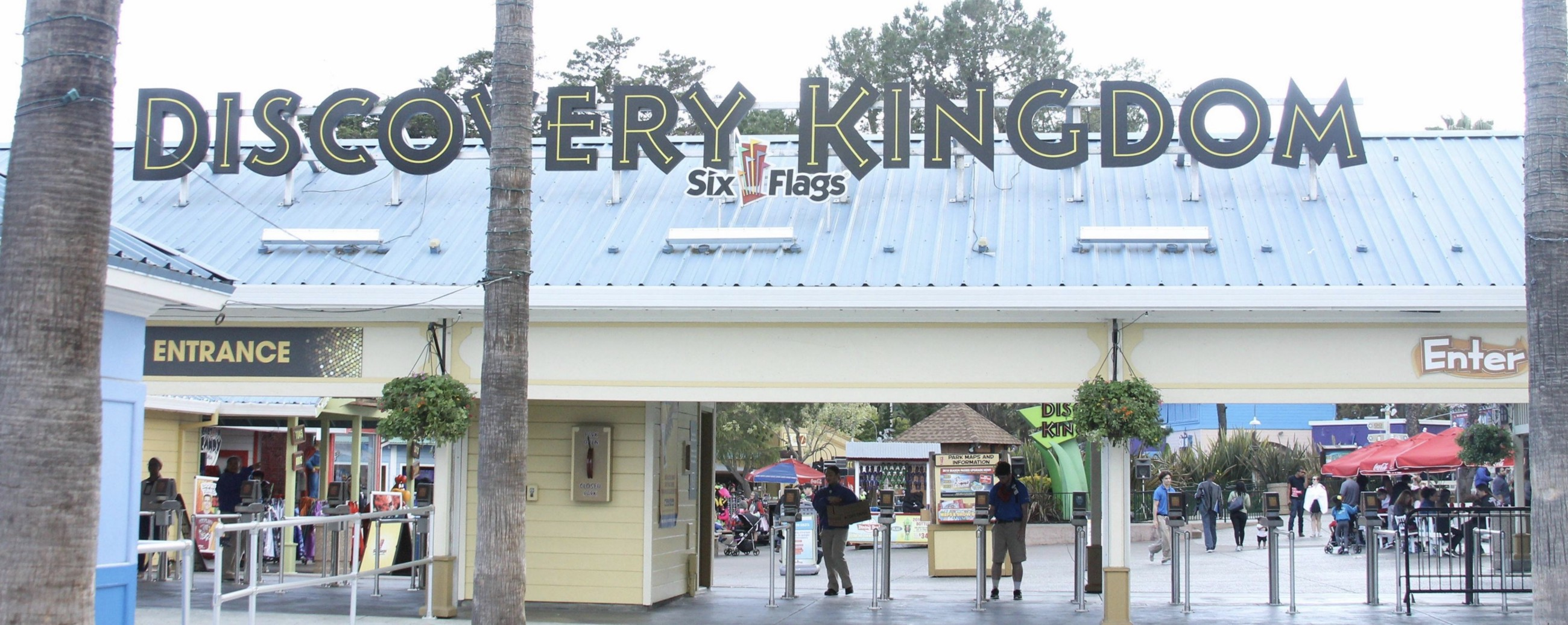 The Insider\'s Guide to Six Flags Discovery Kingdom – Riverfront – Medium