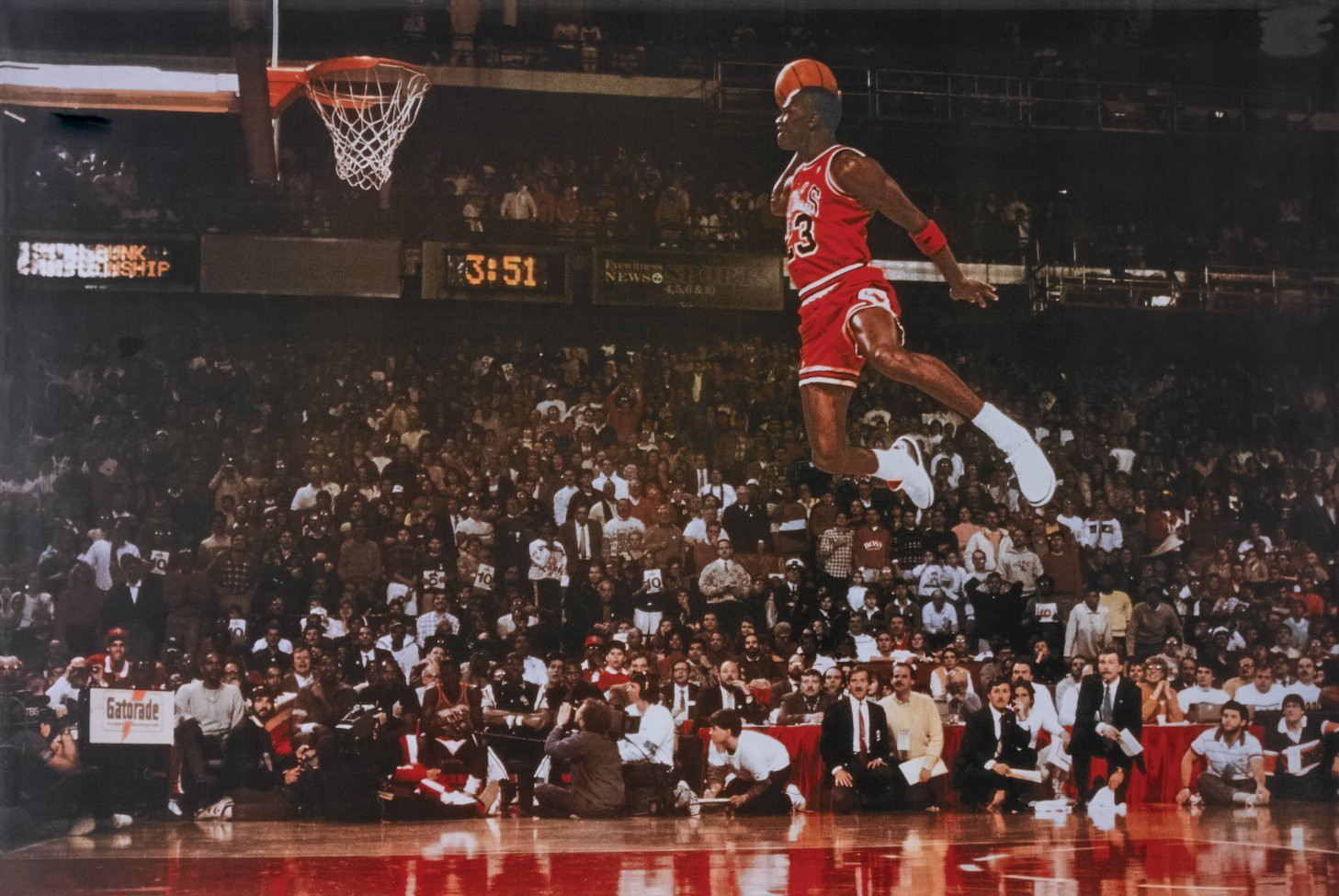 Michael Jordan s Iconic Free Throw Line Dunk — 1998 All-Star Weekend ... 51b21bcc49