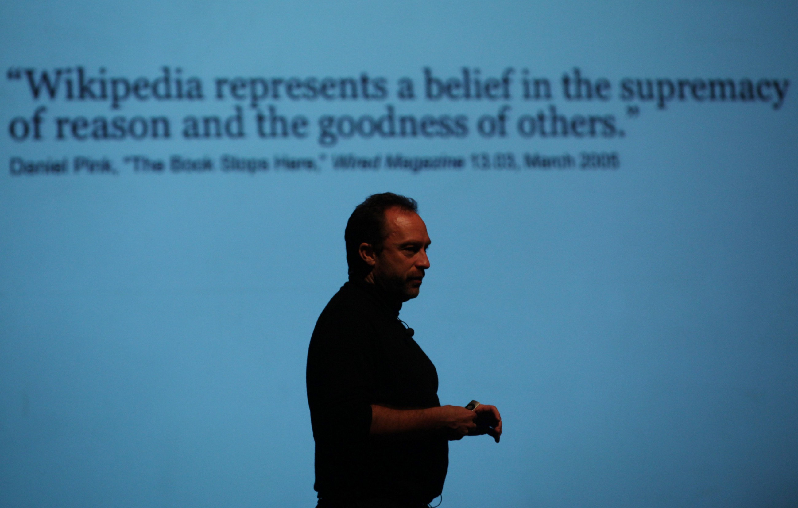 Wikipedia Shows How to Handle Political Polarization