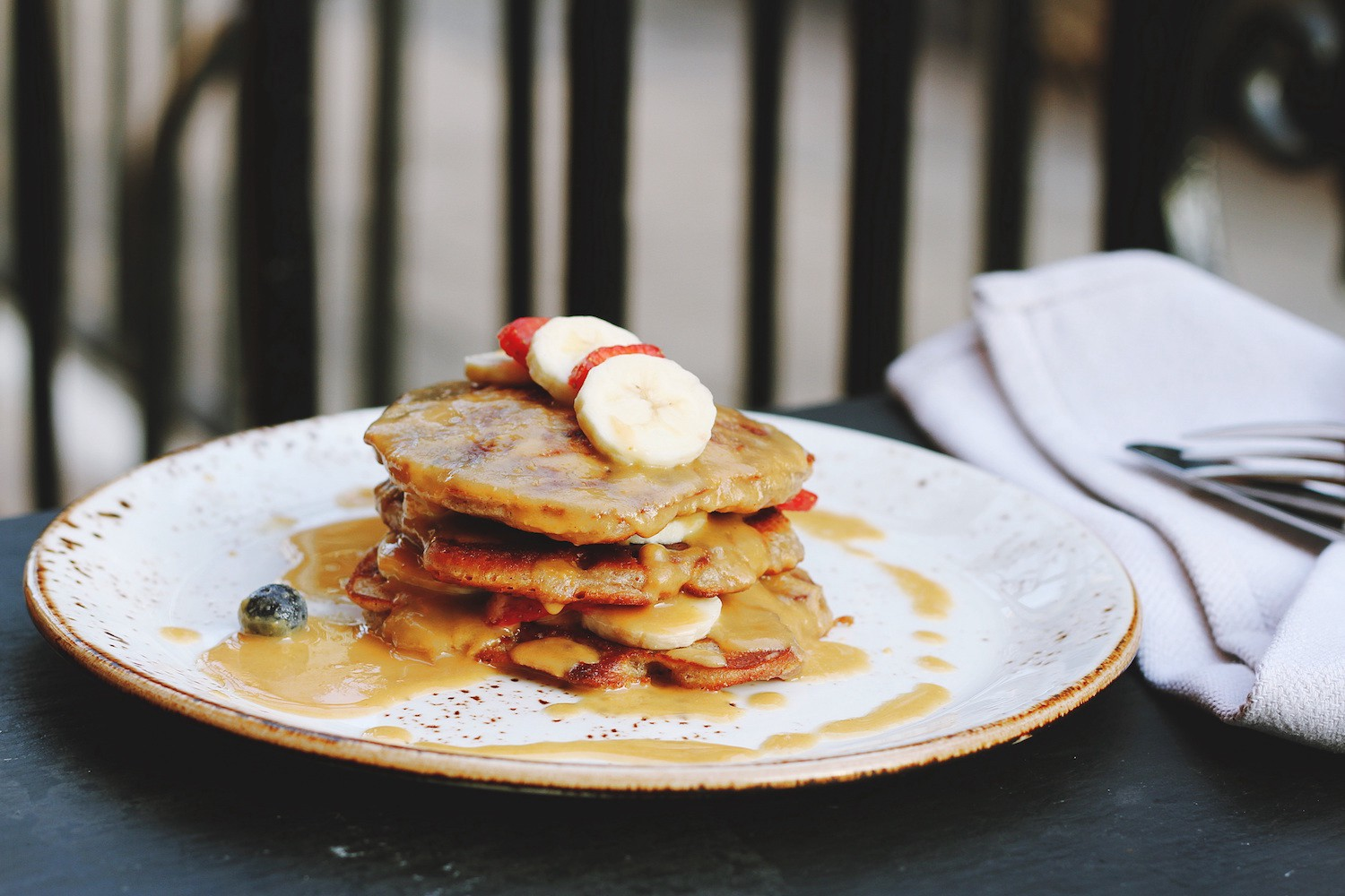 The Trouble with Brunch: Work, Class and the Pursuit of Leisure