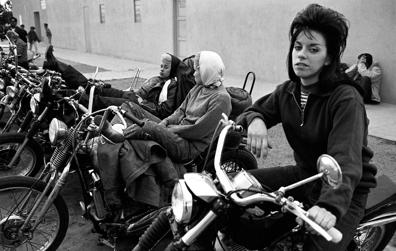 The Women Of The Hell S Angels Were Bad Brassy Bombshell