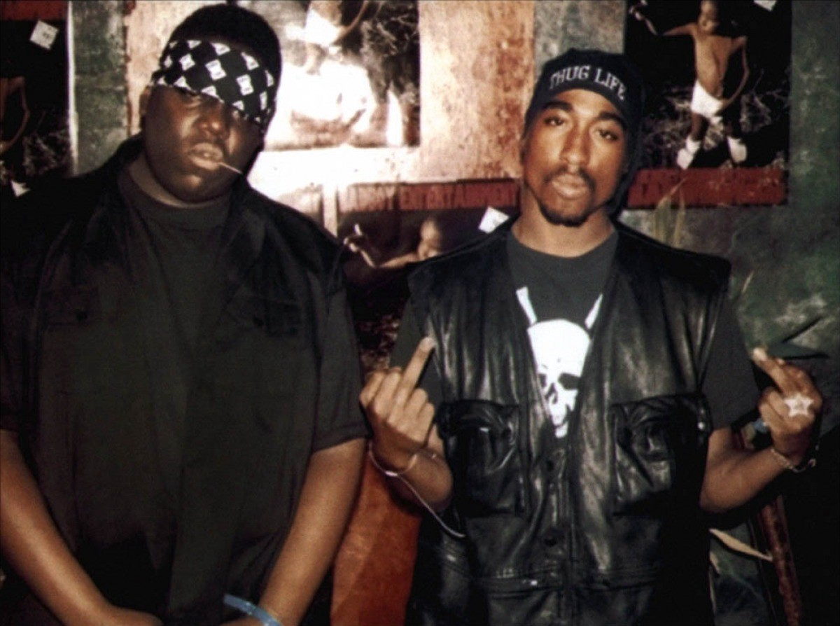 b67d77702 Friendship Started & Ended By Hip-Hop: A Tupac & Biggie Story