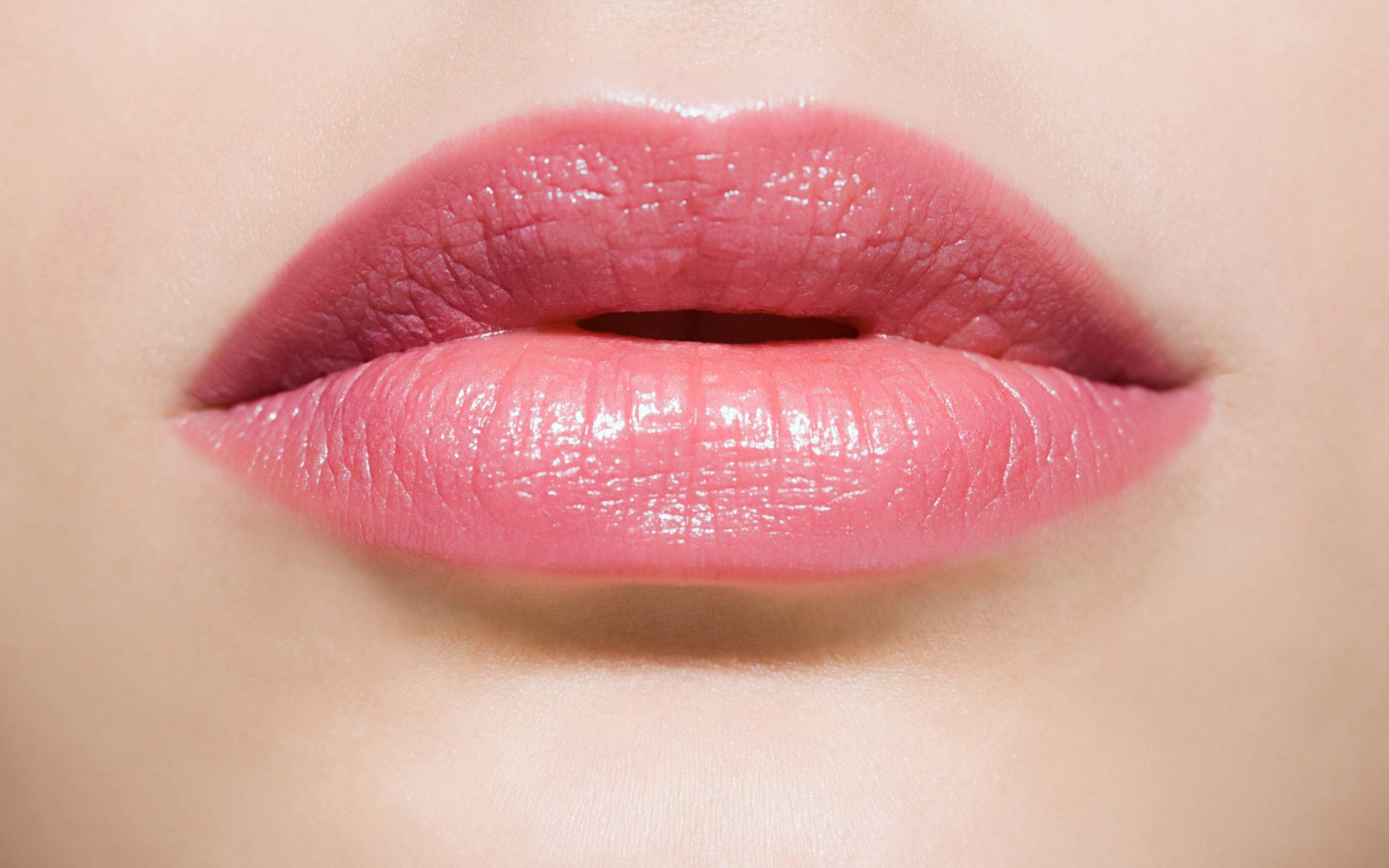 6 Ways To Make Your Lips Pink NATURALLY In 3 Weeks