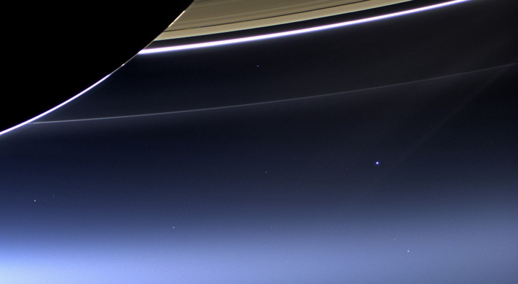 earth from saturn - 736×460
