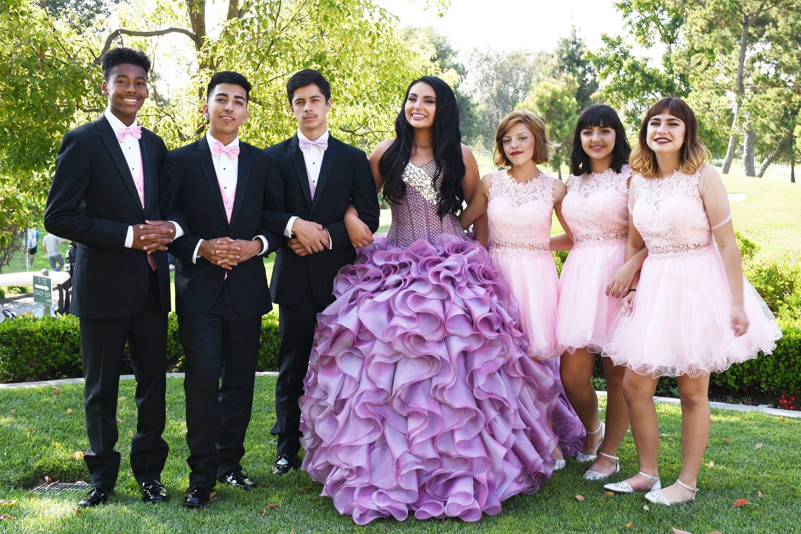 4cf4a3c3ac9 15  A QUINCEAÑERA STORY DEBUTS DEC. 19 ON HBO AND HBO LATINO