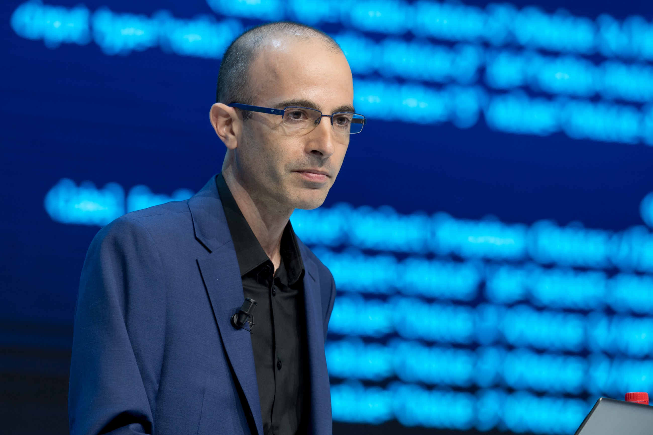 What You Can Learn About the Future by Yuval Noah Harari