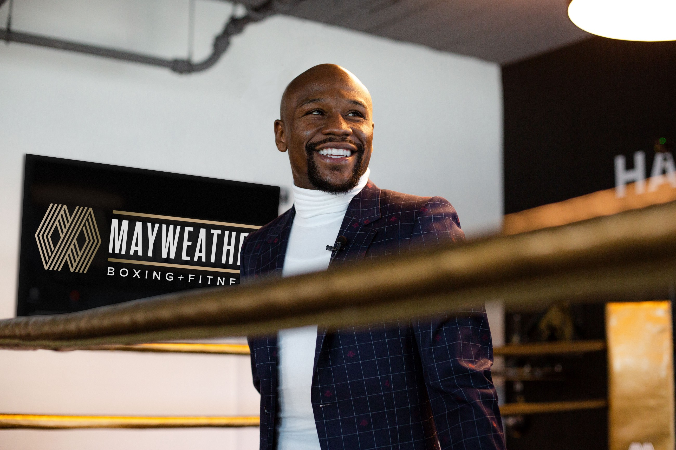 Boxing Legend Floyd Mayweather Ive Started The Gloves Over Guns
