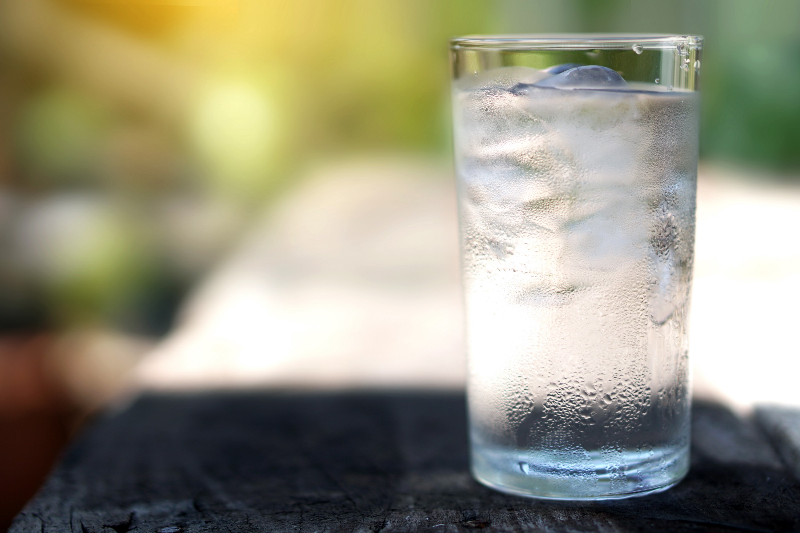 How Free Cups of Ice Water Generated $100M for a Dying Business