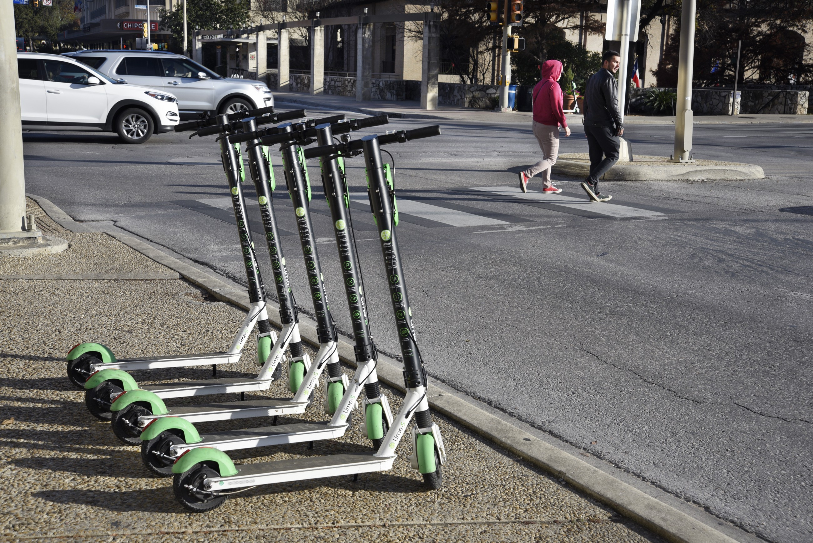 medium.com - Paris Marx - Self-Driving Cars Are Out. Micromobility Is In. - Member Feature Stories