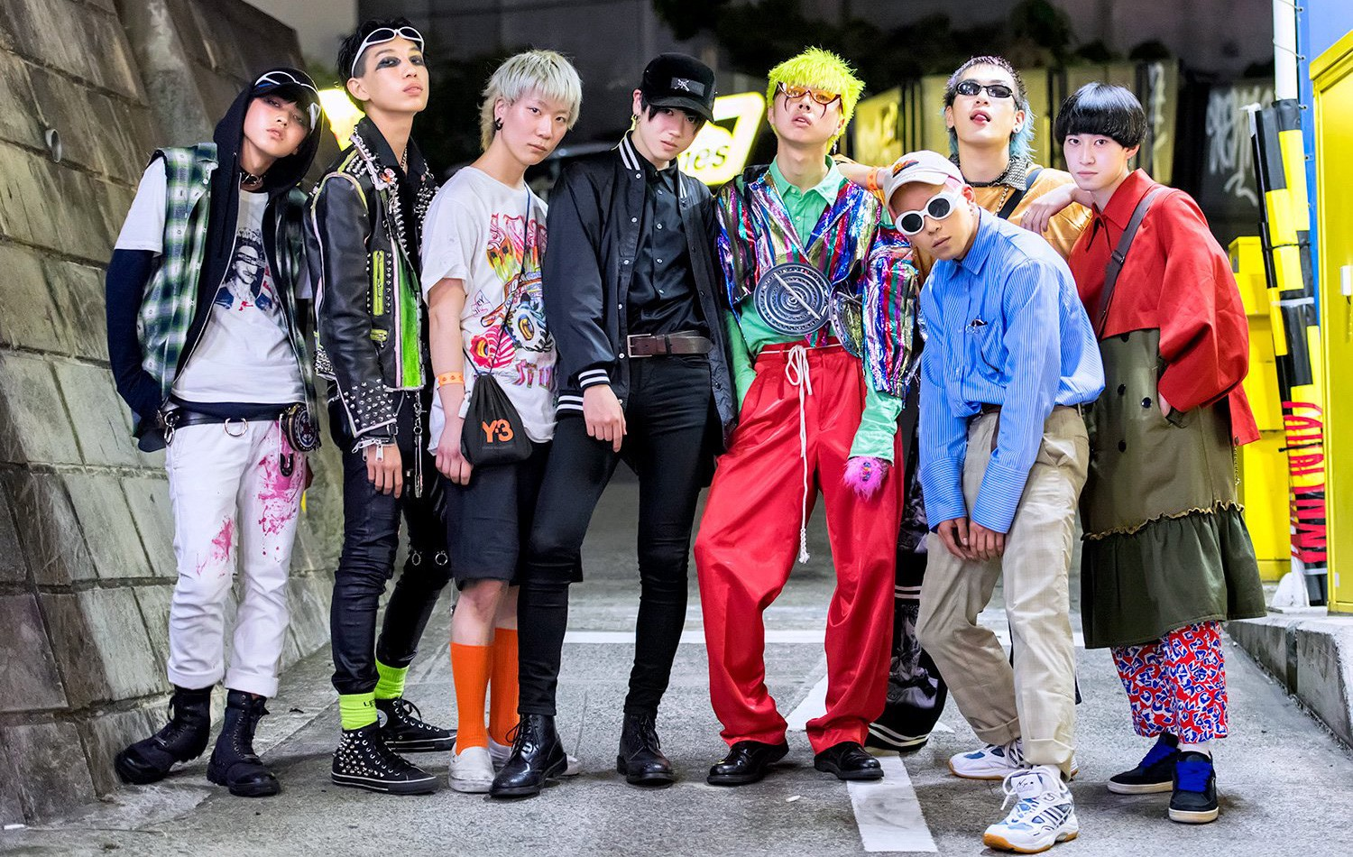 6af0b69ce90 Japanese Street Fashion 2017 — 15 Things You Need To Know
