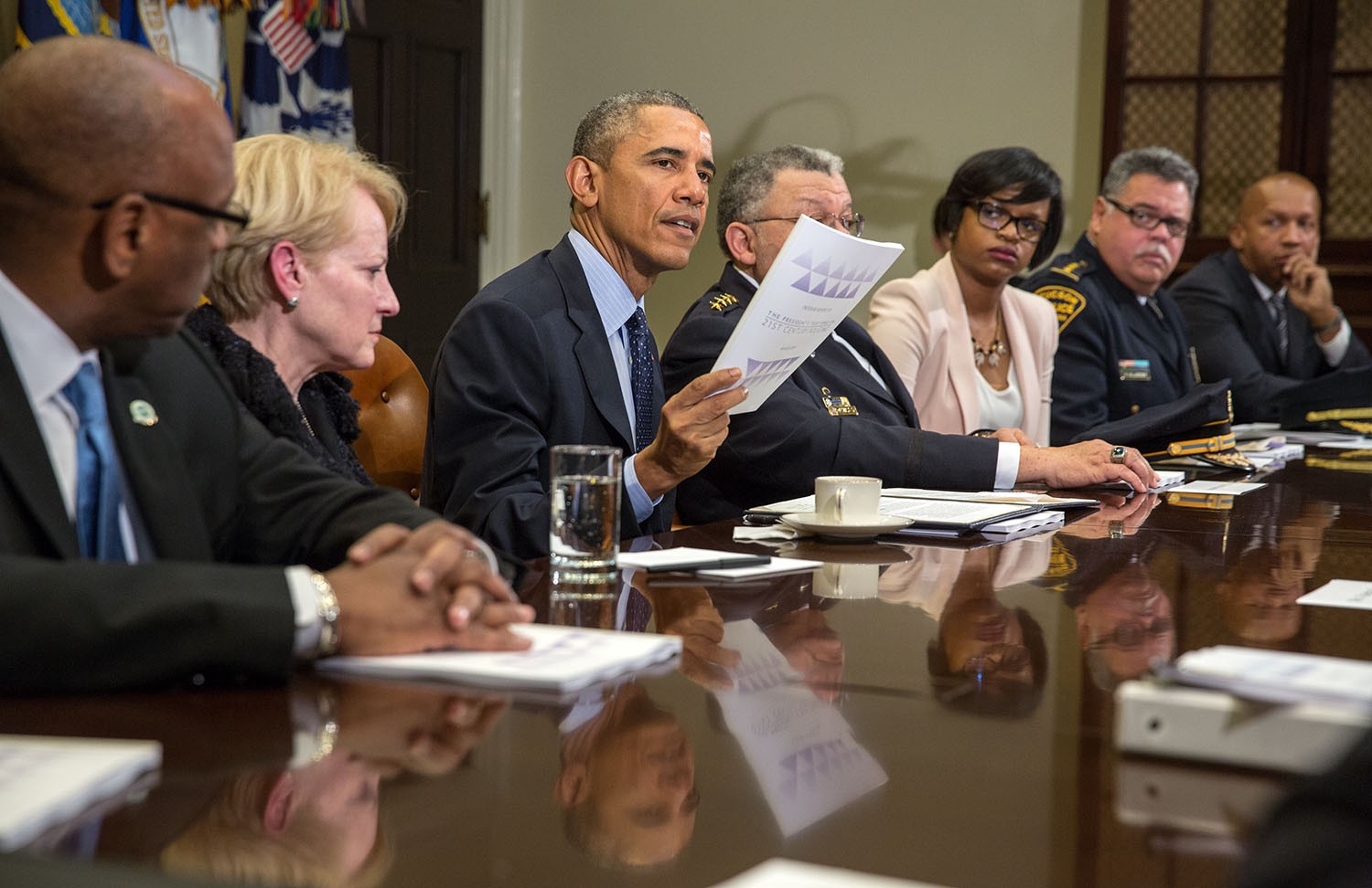 Obama Task Force Urges Improved Police >> The President S Task Force On 21st Century Policing