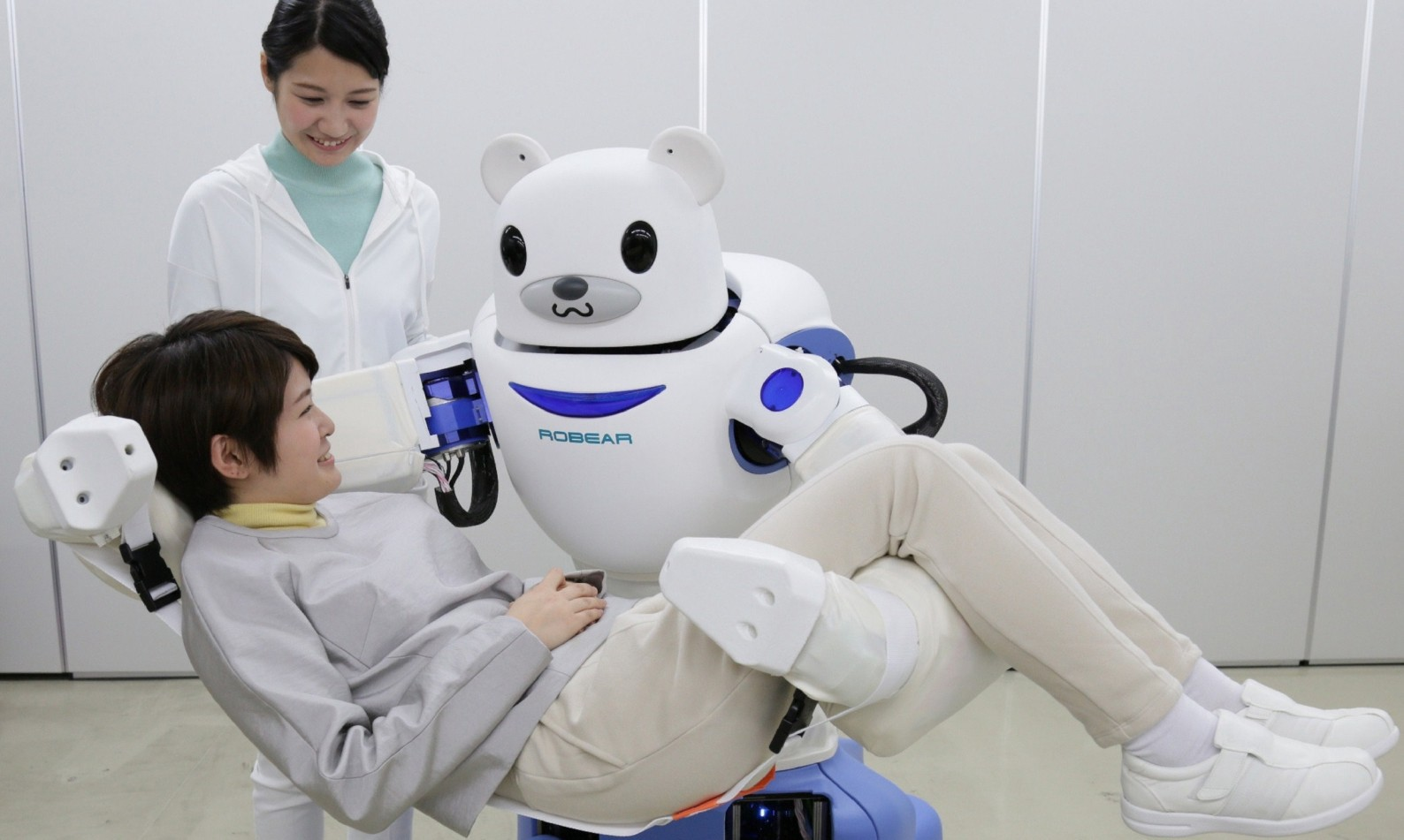 The bear face on the robot puts the patient instantly at ease.