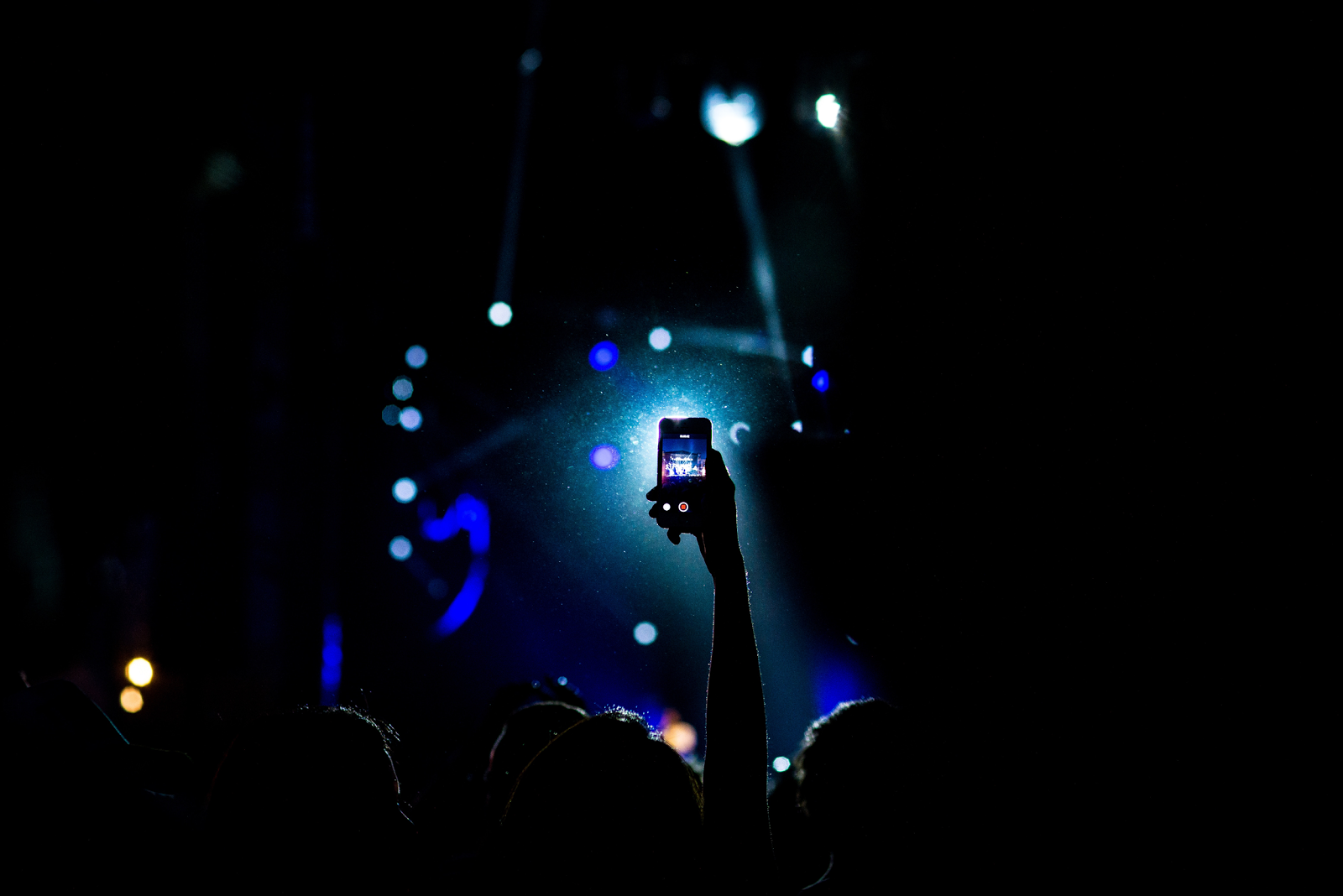 Just don't be like your friend who Snaps the entire concert.