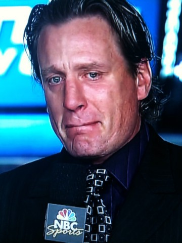 Jeremy Roenick Cries after the Chicago Blackhawks win the Stanley Cup