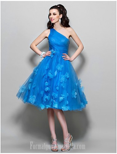 Looking For A Stylish Custom Made Formal Dresses Australia