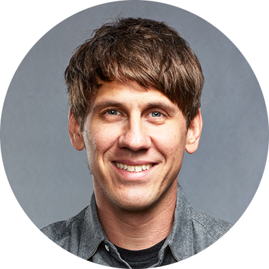 Headshot of Dennis Crowley