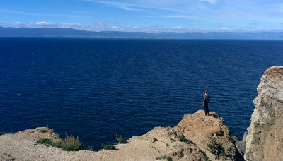 Ben, looking at the Baikal Lake, from Cape Khoboi.