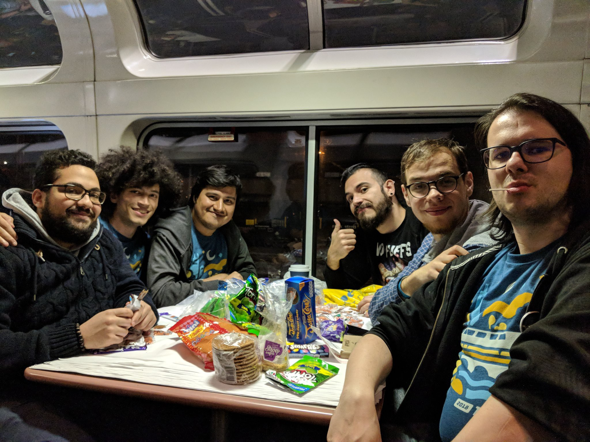 A special shout-out to the candy crew! It was great to share most of the last night at the train with you. Thanks Fáyer for sharing the picture and the Mexican treats.