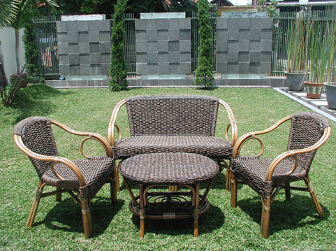 Luxury, elegance, style, low-stress, envy all words which spring to mind  when we think of both teak and rattan garden furniture.