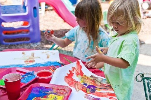 Keepy Blog: How to spend quality time with your kids during Summer? The best summer activities for your kids include baking, making ice cream, camping and much more.