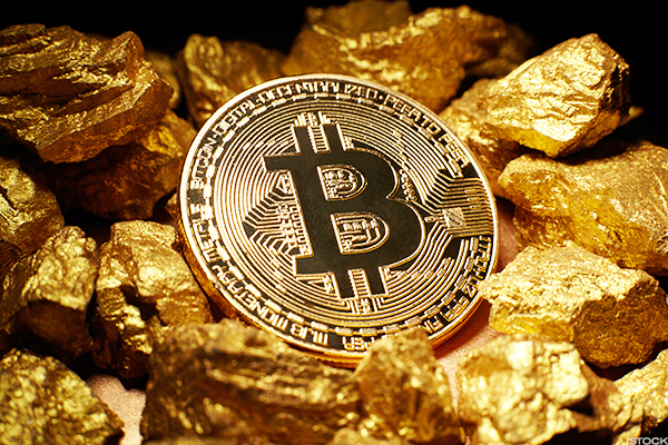 Bitcoin gold a great investment opportunity at the moment the evolution of bitcoin gold comparison with bitcoin cash ccuart Choice Image