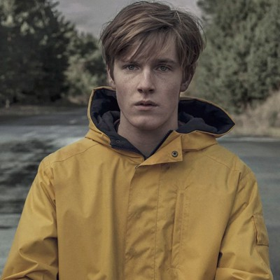 "Louis Hofmann in ""Dark"", la serie tedesca vista in 136 paesi."