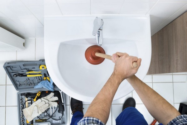 3 DIY tips you can use to extend the life of your drains | My Home Plumbing