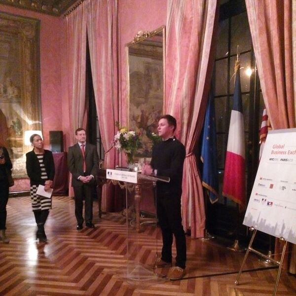 Maxence presents smArtapps at the Consulate General of France in NYC