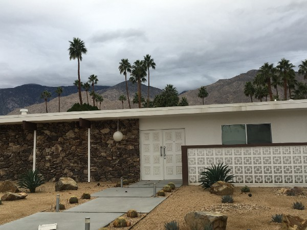 Palm Springs Architecture in Deepwell Estates Neighborhood