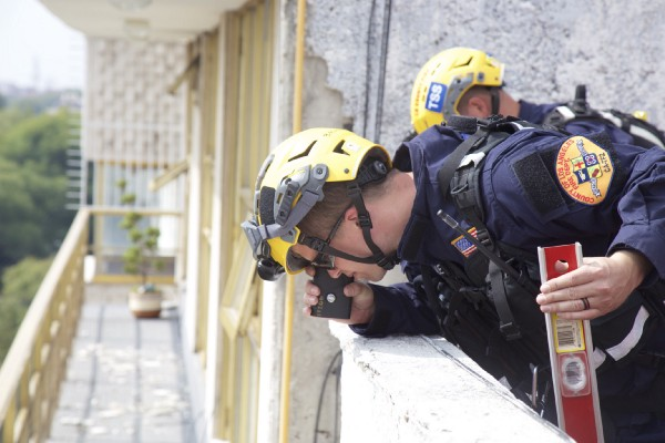 The USAR team's structural specialists begin assessments of damaged buildings around Mexico City.