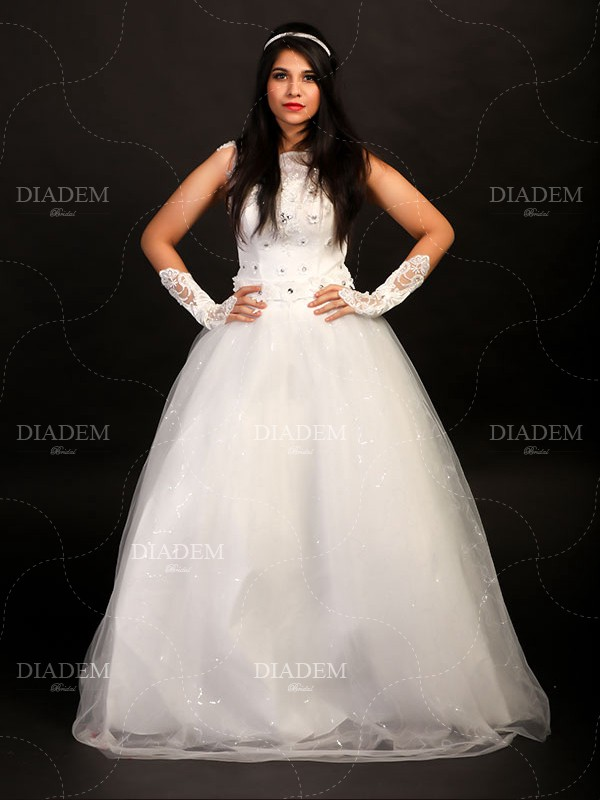 Ultimate Wedding Gowns in Chennai — Online Shopping
