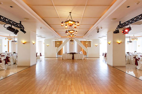 Enjoy The Best Snaplock Floors For Any Type Of Events - Snap lock dance floor for sale