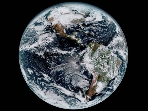 A composite color image of the Western Hemisphere captured by NOAA's GOES-16 satellite from 22,300 miles above the surface, January 15, 2017. (NOAA/NASA)