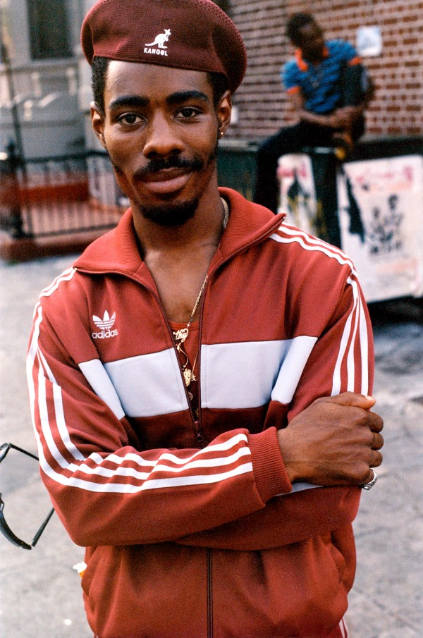 Photos: The Authentic Poses Of NYC Hip-hop Culture In The