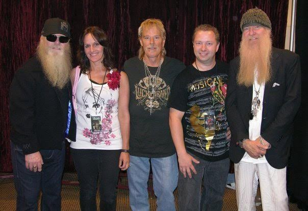 Meet and greets zz top autographpros owner michael kasmar nowadays meet and greets can be an incredible opportunity to get up close and personal with some of your favorite musicians with that said it comes with m4hsunfo