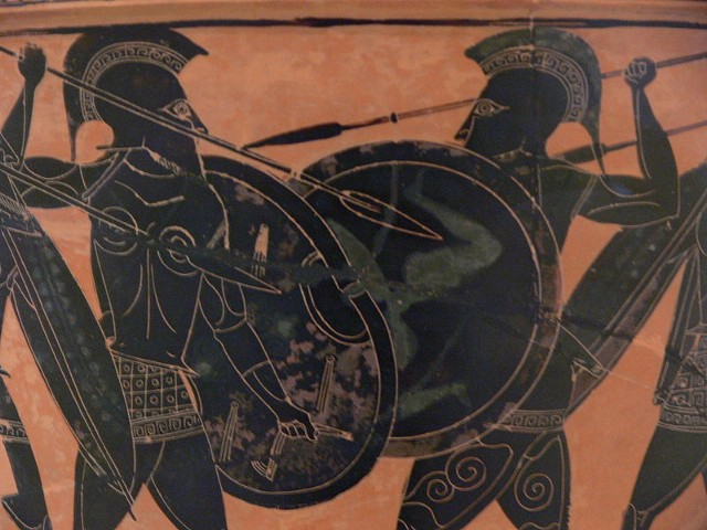 800px-Hoplite_fight_from_Athens_Museum