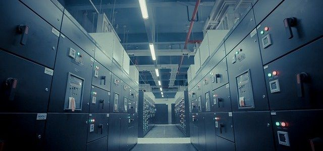Data Centers Are Shifting to Automation Services This Year — Should Yours?