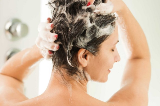 Shower Tips to Take Care of Your Hair by Keeping Them Healthy & Strong