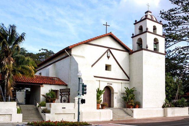 Founded On Easter Sunday In 1782 By Father Serra And Dedicated To St Bonaventure The Ninth Mission Has A Museum Where You Can Appreciate Two Old Wooden